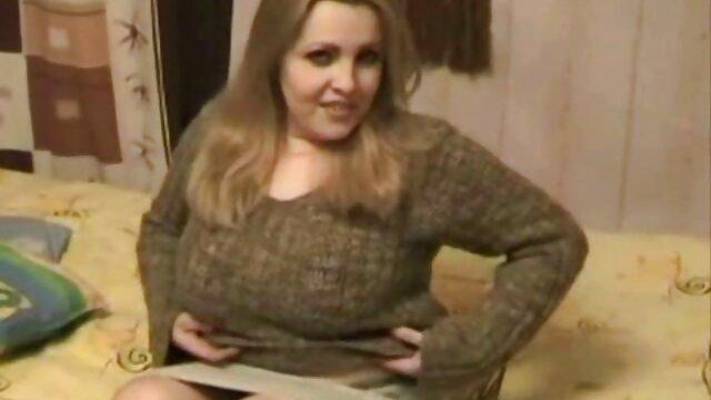 Apasionada follada con consolador y sexo con viejas con jovenes xxx la morena Alexandra