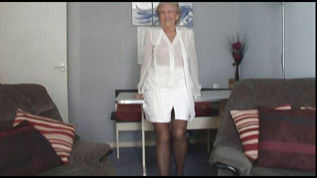 arrimon falda abuelas peludas culiando de seda