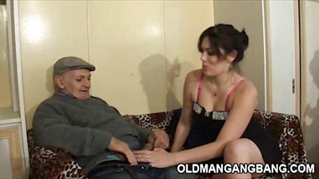 Impresionante belleza negro follando anciana de culo grande Kelsi Monroe es penetrada