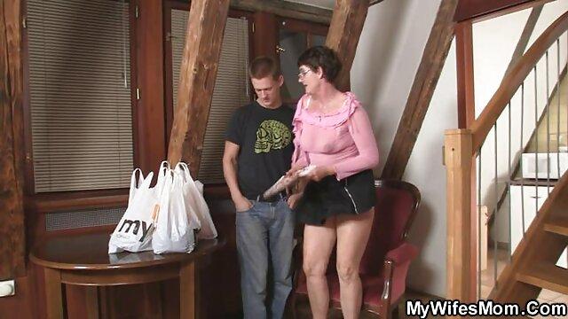 My viejas ricas cojiendo Dirty Hobby - SexyRia adora el semen